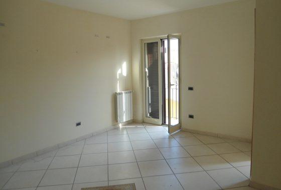 Appartamento in affitto Acerra tre vani zona centrale