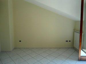 Appartamento in affitto tre vani
